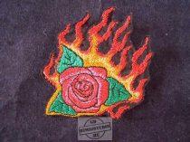 Hímzett lángoló rózsa