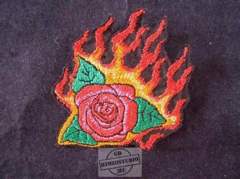 Lángoló rózsa felvarró
