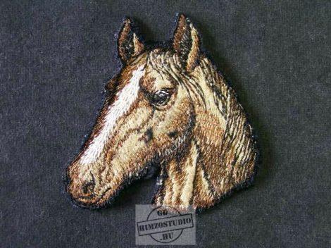 Ló fej felvarró