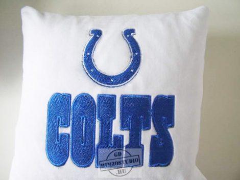 Hímzett Indianapolis Colts párna