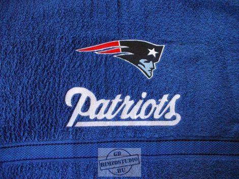 Hímzett New England Patriots törölköző