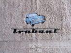 Hímzett Trabant törölköző